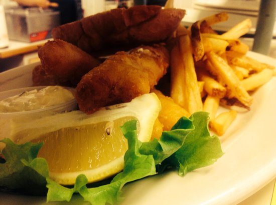 Carolyn's Cafe : Fish & Chips