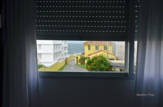 Hotel Milano: lluvia  vista desde la ventana