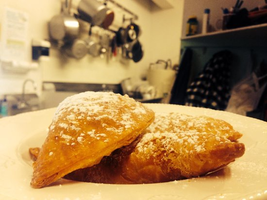 Carolyn's Cafe: Huckleberry Fried Pies