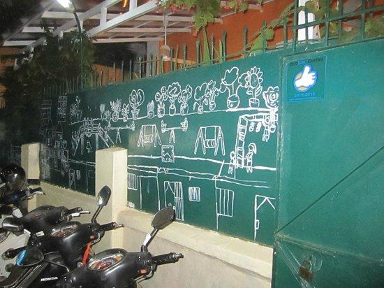 Friends the  Restaurant: mural outside restaurant