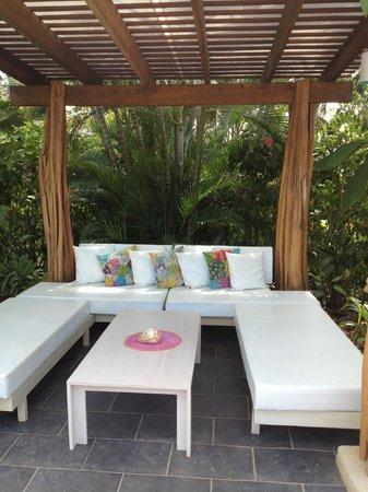 Cala Luna Luxury Boutique Hotel & Villas : Pool cabana