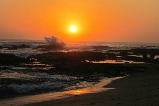 Cala Luna Luxury Boutique Hotel & Villas : Sunset from Cala Luna's beach