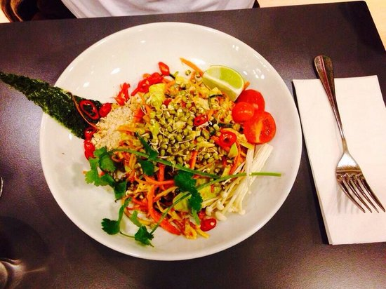 Saf Restaurant: Raw pad thai