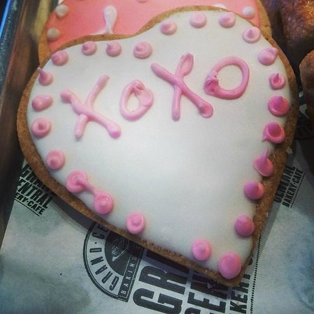 Grand Central Bakery: Hugs 'n' kisses valentine cookie