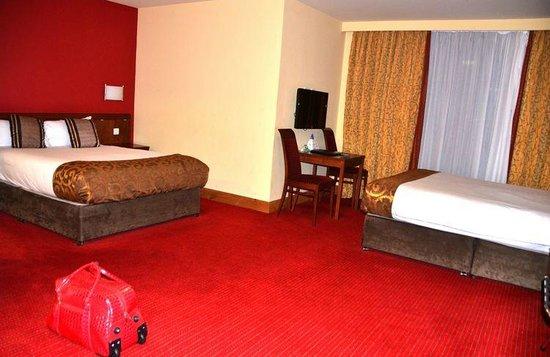 Dublin Skylon Hotel: Bedroom view 1