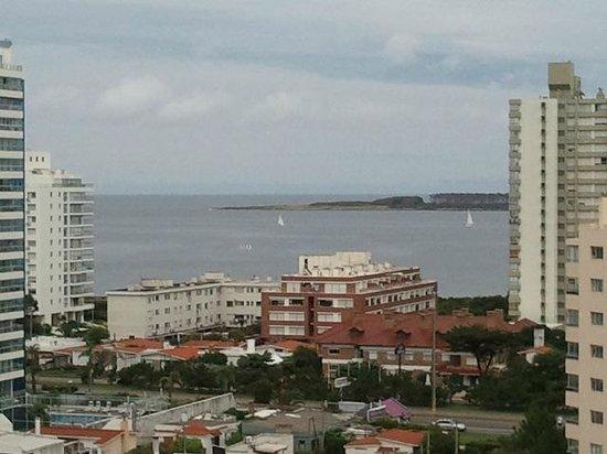 Sol y Luna Home & Spa: Vista hacia Playa Brava