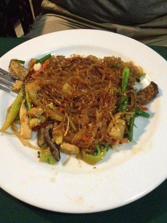 May Kaidee Tanao - Vegetarian Restaurant : Noodles