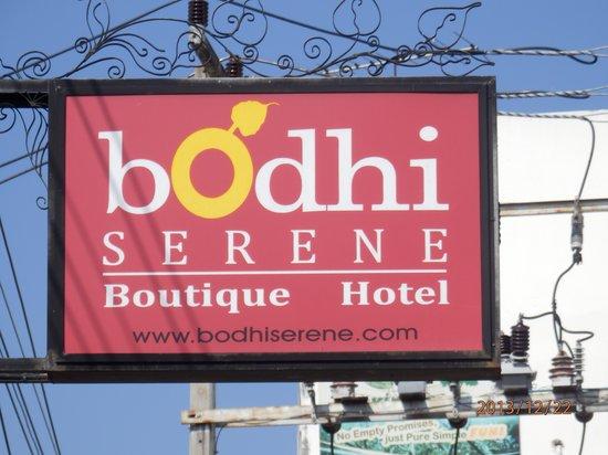 Bodhi Serene Hotel: ホテルの玄関