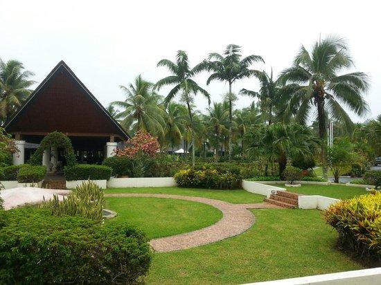 Warwick Le Lagon - Vanuatu: Le Lagon main entry
