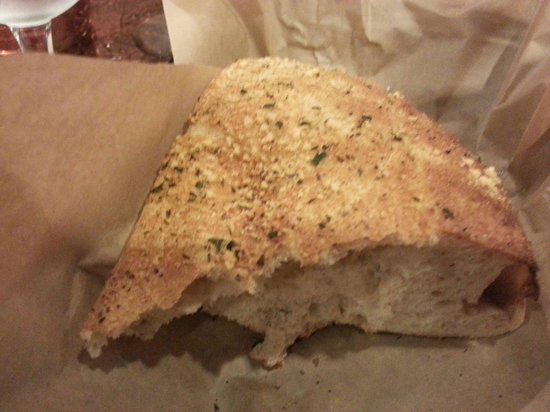 Lubrano's Trattoria: Lots of garlic bread while you wait