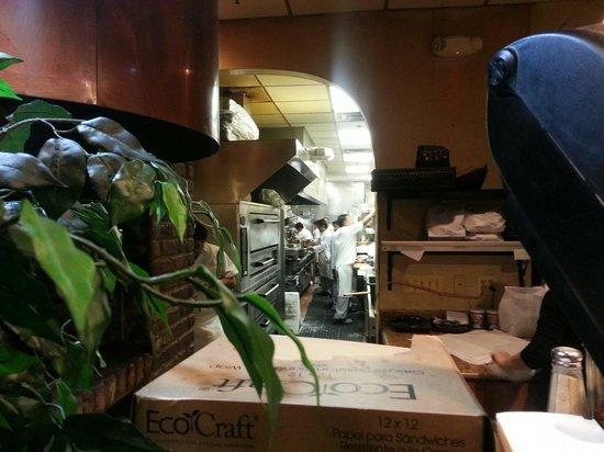 Lubrano's Trattoria: Kitchen area quite busy