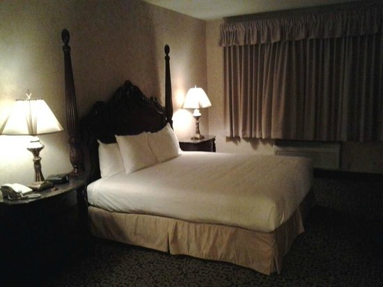 AmishView Inn & Suites : Bedroom