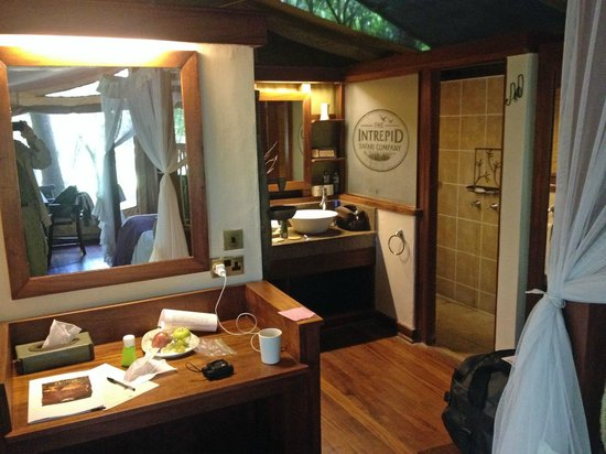 Mara Intrepids Luxury Tented Camp: Room Interior
