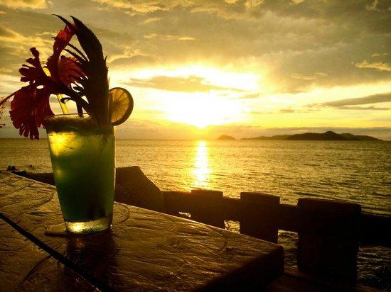 Banana Sunset Bar and Bungalows: Banana Sunset Bar View