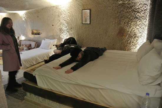 Erenbey Cave Hotel: Big comfortable king
