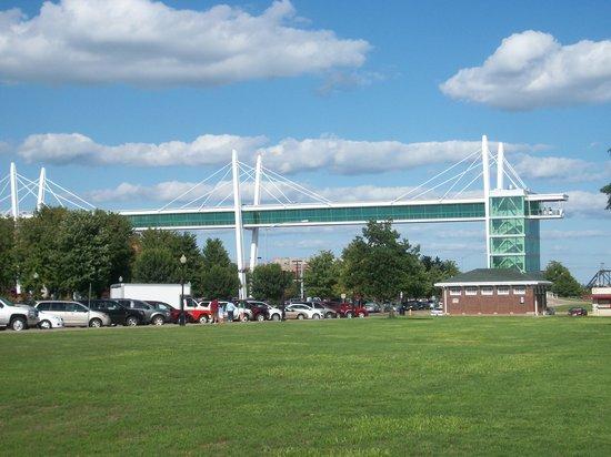 Davenport Skybridge: 100_0471.JPG