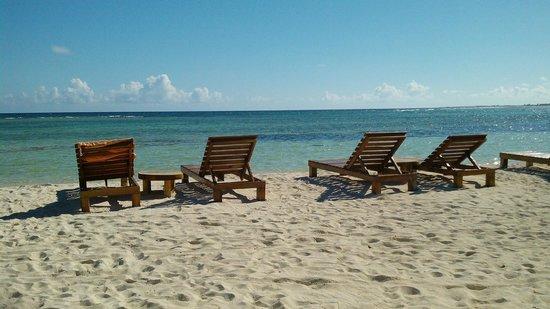 Blue Kay Mahahual: Playa muy tranquila para relajarse