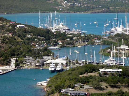 Luxury Safari Antigua: nelsons dockyard