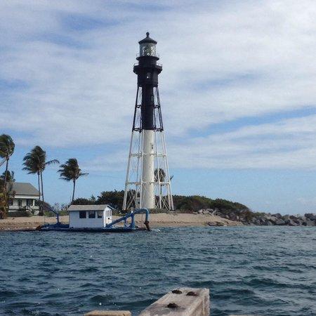 Fort Lauderdale Marriott Pompano Beach Resort & Spa : Take a short walk down toward the lighthouse.