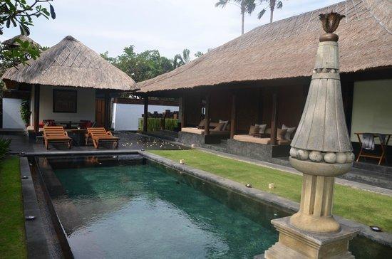 The Legian Bali: villa club Legian