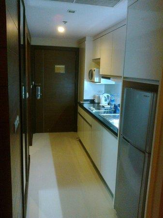 Legacy Suites Sukhumvit by Compass Hospitality : Hallway