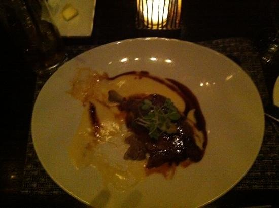 Colicchio & Sons Tap Room: Duck Confit with potato puree