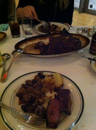Wolfgang's Steakhouse : steak for two