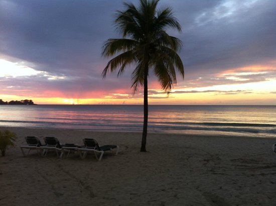 Shorty Tours: sunset in Negril