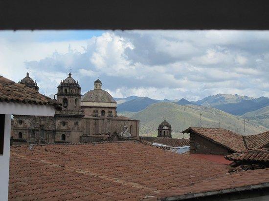 Hotel Costa Del Sol Ramada Cusco: Vista a la Iglesia de la Compañia desde la habitación I