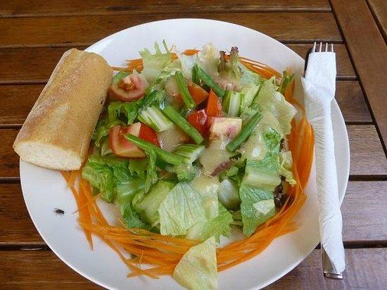 La Boulangerie-Cafe: サラダ