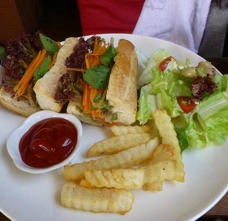 La Boulangerie-Cafe: サンドウィッチ