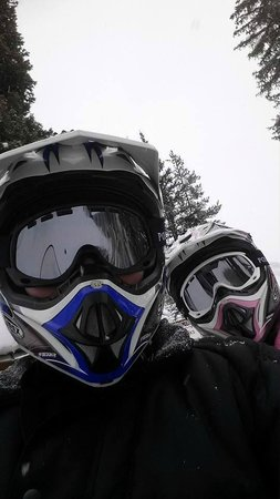 Colorado Backcountry Rentals : SNOWMOBILING