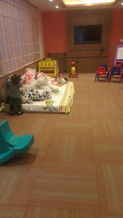Jaypee Residency Manor: kidszone in new wing