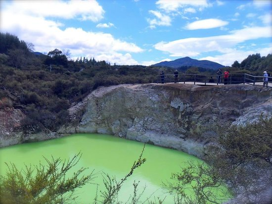 Rotorua Downtown Backpackers: Wai O Tapu - Book here