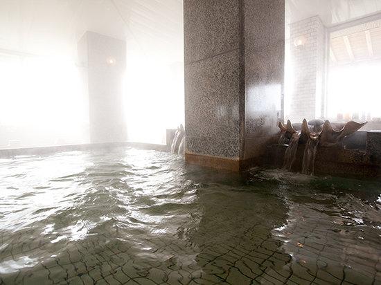 Kada Kaigetsu: Public Bath