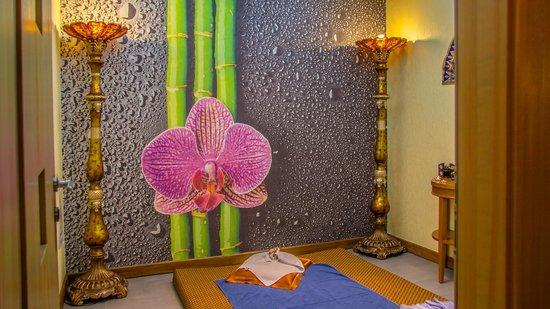 "Grand Hotel Tien-Shan : Thai massage room - SPA-center ""Bali"""