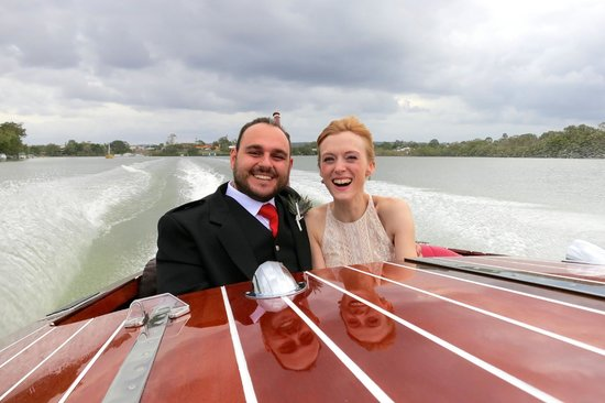 Noosa Dreamboats Classic Boat Cruises: A lovely tour after our wedding around Noosa