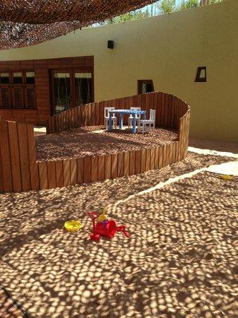 The Romanos Resort, Costa Navarino: детский клуб