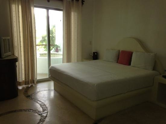 Blue Pearl Suites: Master suite in #6