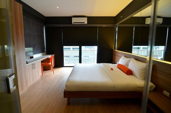 Azumi Boutique Hotel: King room - King Bed