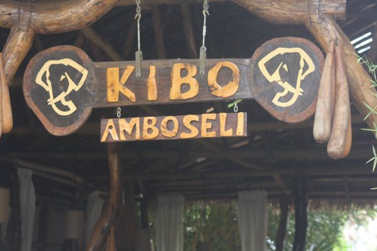 Kibo Safari Camp: entrata
