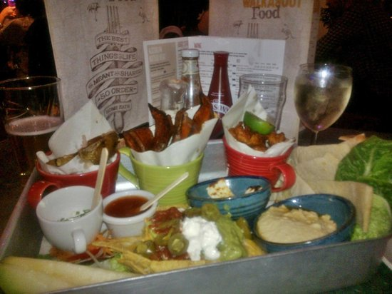 Walkabout Derby: Sharing platter