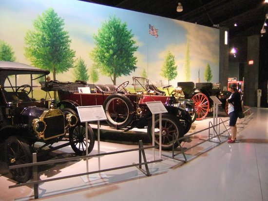 Antique Automobile Club of America Museum: 2012 Display of Vintage Cars