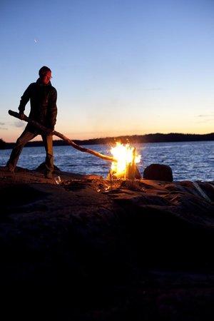 Finlandia: Mid summer bonfire