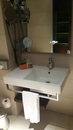 NH Orio al Serio: Ванная комната