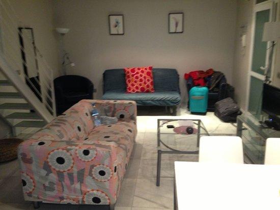 Piamonte Apartments: Salón