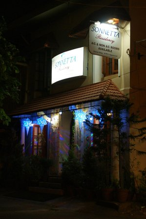 Sonnetta Residency: Vue du Sonnetta depuis Princess Street