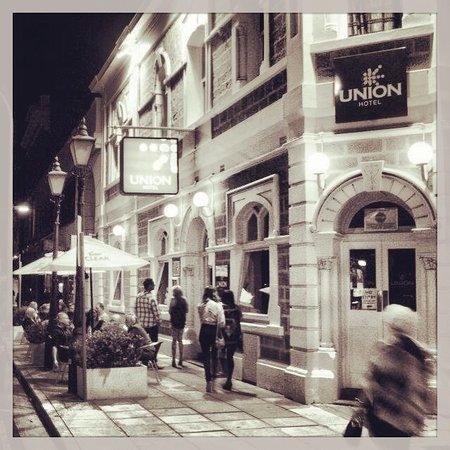Union Hotel Exterior