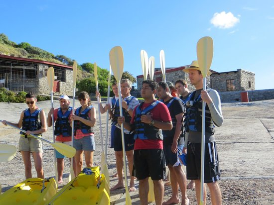 Walker Bay Adventures: kayaking group