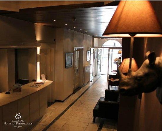 Hotel am Festspielhaus Bayerischer Hof: Lobby